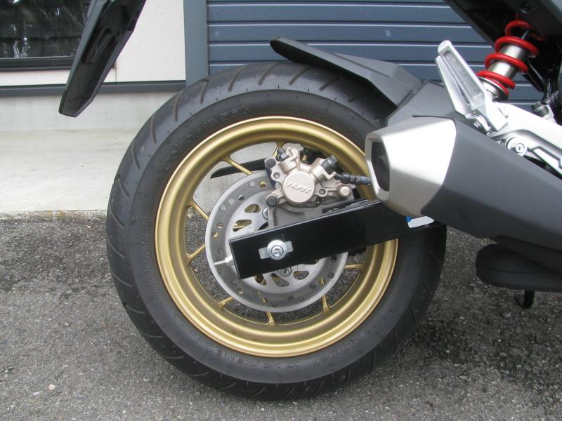 中古車バイク ホンダ グロム(GROM) ホワイト リアホイール