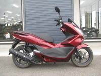 中古車 ホンダ PCX レッド (125cc)