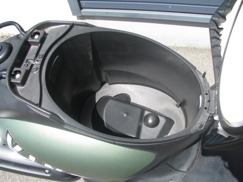 中古車 ヤマハ ビーノ デラックス マットグリーン シートボックス