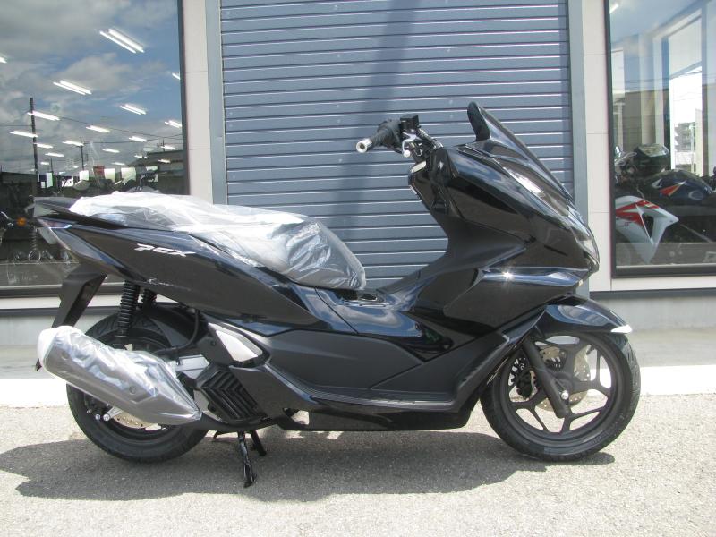 新車バイク ホンダ PCX125ABS ブラック みぎ側