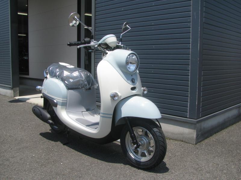 新車情報 ヤマハ ビーノ(Vino) ライトブルー 右まえ側