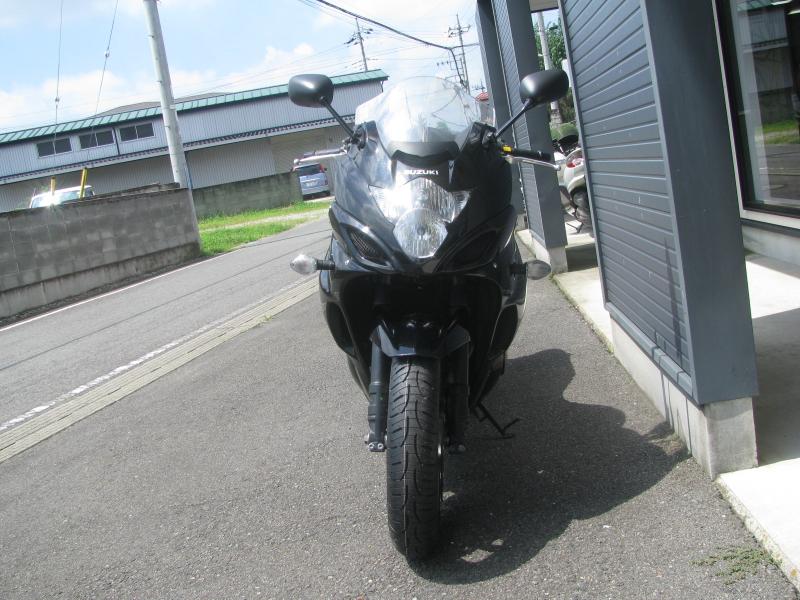 中古車 スズキ バンディット1250F ABS ブラック(黒) まえ側
