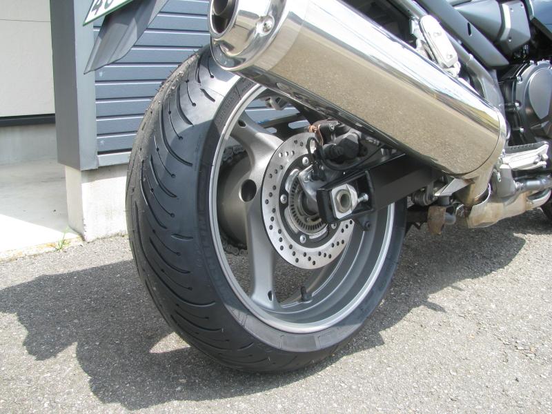 中古車 スズキ バンディット1250F ABS ブラック(黒) リヤホイール