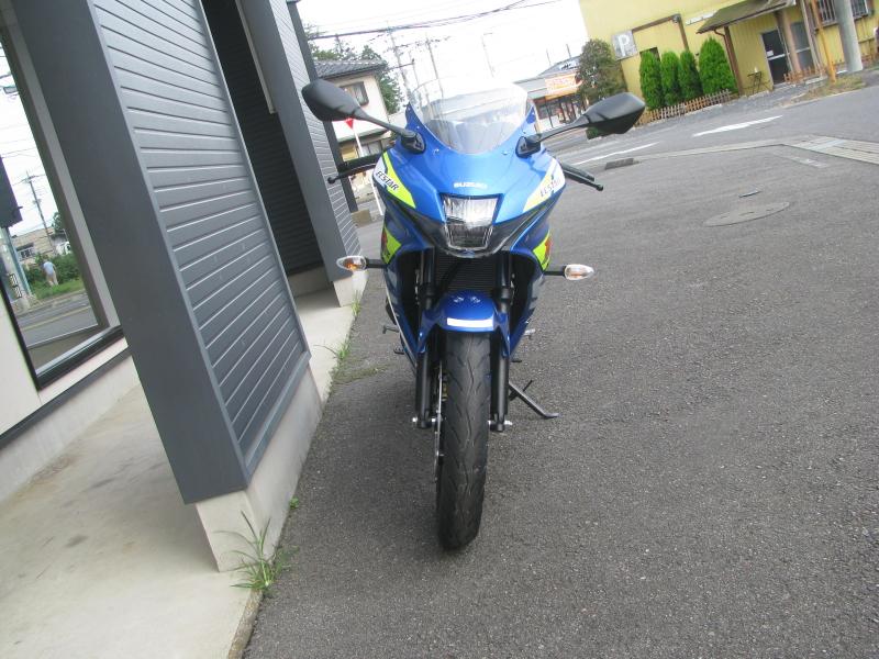 新車 スズキ GSX-R125 ABS ブルー まえ側