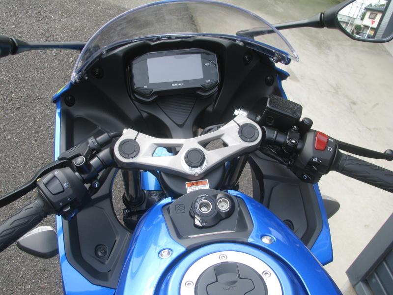 新車 スズキ GSX-R125 ABS ブルー メーターパネル