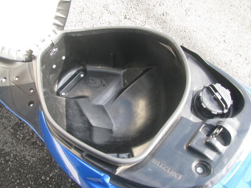 中古車バイク スズキ アドレスV50 ブルー シート下収納