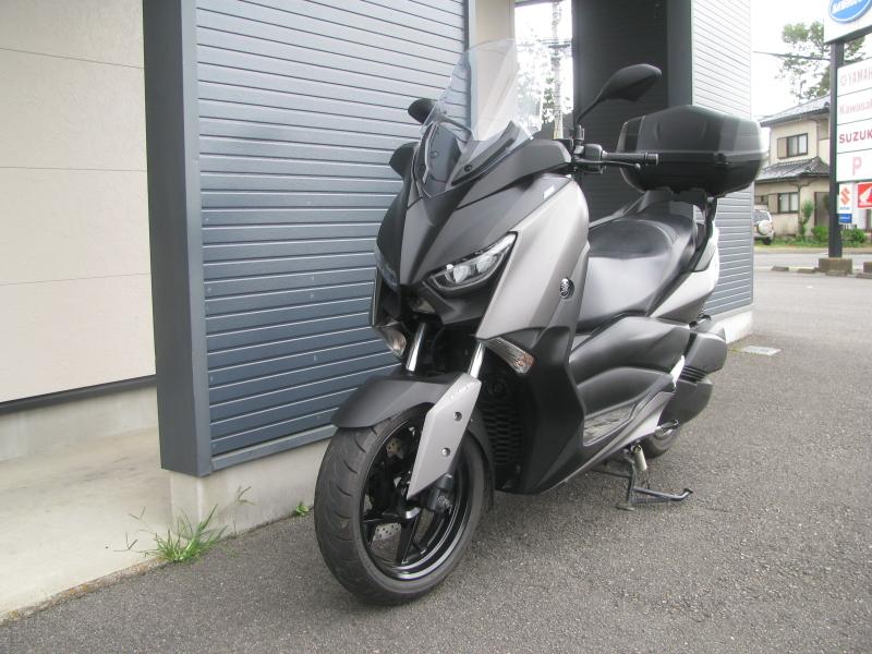 中古車 ヤマハ XMAX ABS(250ccスクーター) マットグレー 左まえ側