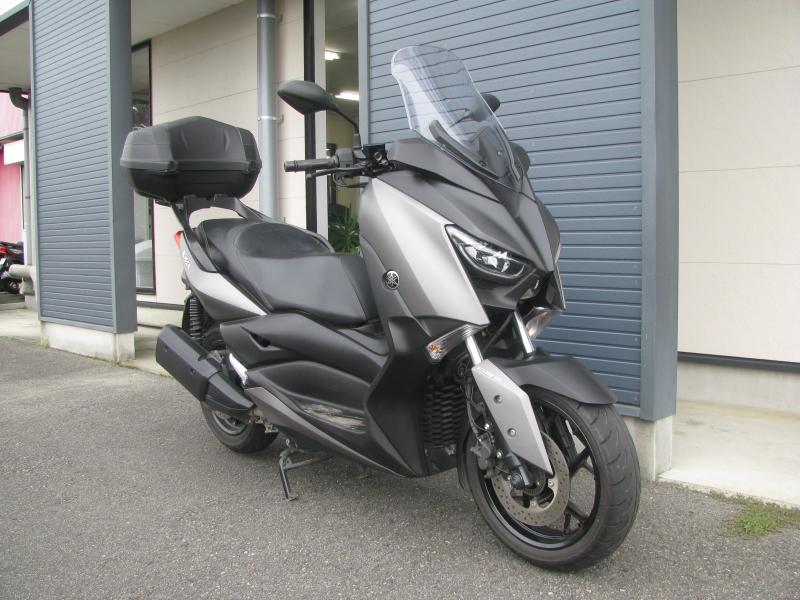 中古車 ヤマハ XMAX ABS(250ccスクーター) マットグレー 右まえ側