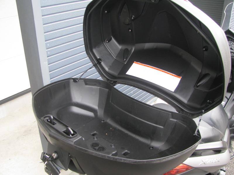 中古車 ヤマハ XMAX ABS(250ccスクーター) マットグレー トップボックス オープン